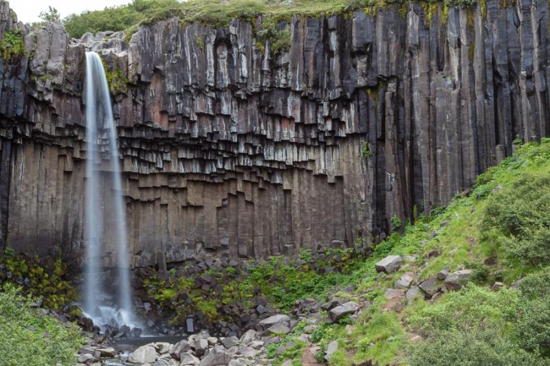 Island 2011 - Svartifoss